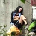 【動画】野外で彼氏にクンニされる気の強そうな彼女w