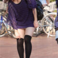 【画像】街撮りしたすらっと美脚のエロ太もも!