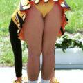 【画像】チアガールの健康的な脚は、見てるだけで勃起確定w